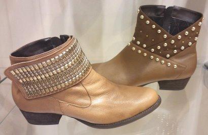 Maithê Luxury Shoes - Detalhes de metal para sair do básico sem perder o estilo.