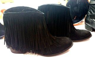 Mezzo Punto - A qualidade do couro, os acabamentos e o estilo das franjas.